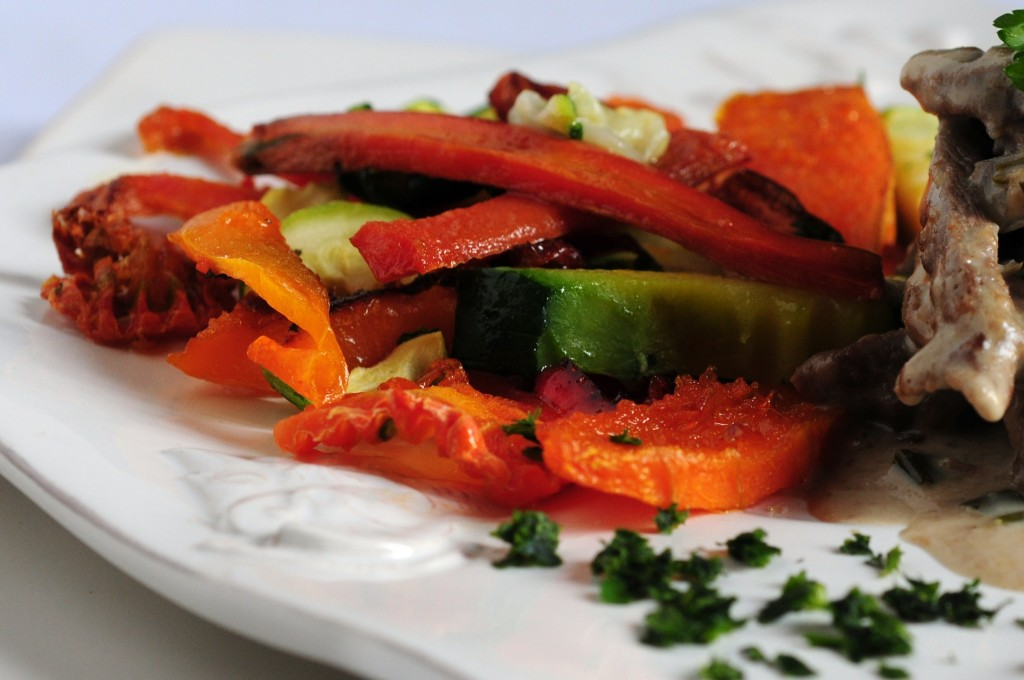 Guisito de ternera a la crema con verduras al horno un - Verduras rellenas al horno ...