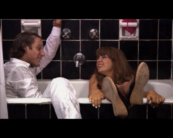 """Rodrigo y Erica en una escena de """"Boca de fresa"""" (foto: prensa de la película)."""